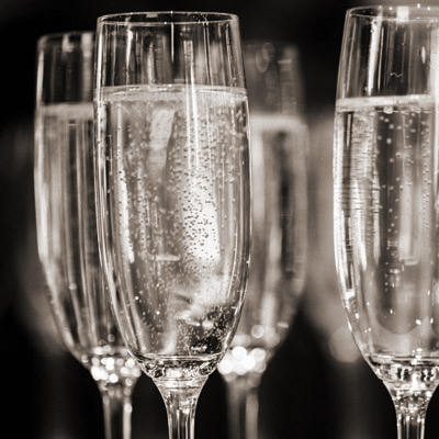 sparkling wines, glasses, photo